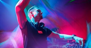 Armin van Buuren випустив нову компіляцію A State Of Trance 2021