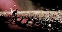 На честь десятиріччя концерту The Prodigy «World`s On Fire» його покажуть на YouTube