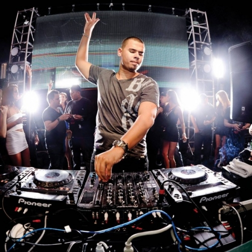 Afrojack - It Goes Like